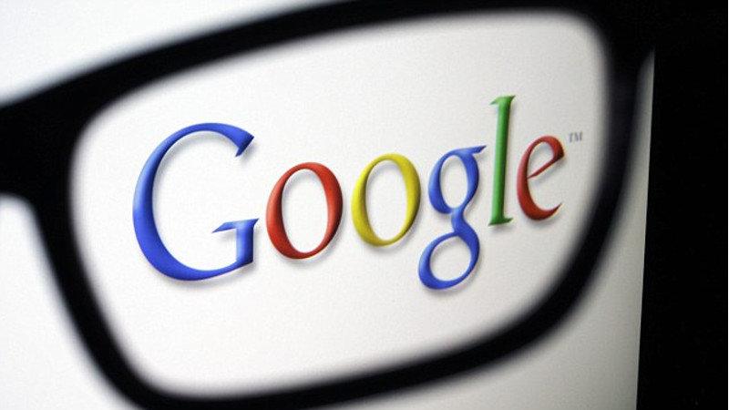 Google développe un casque de réalité mi-virtuelle, mi-augmentée