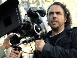 alejandro_gonzalez_inarritu_with_a_camera_in_production