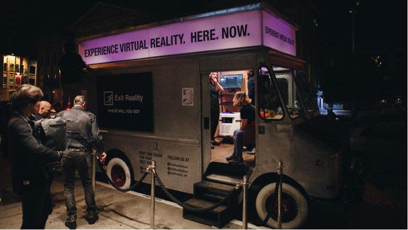 Un camion proposant des expériences VR