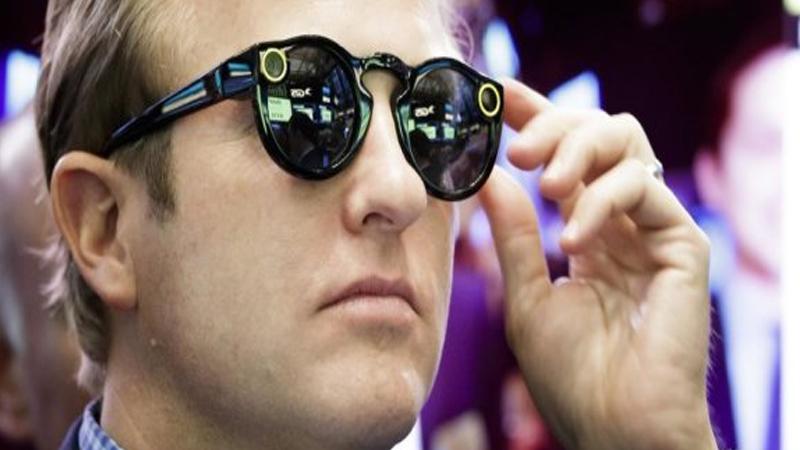 Spectacles : des lunettes de réalité augmentée pour Snapchat?