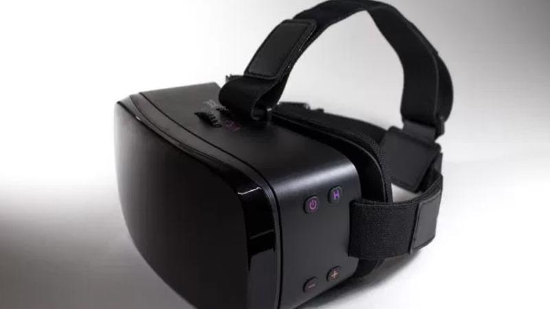 VRotica : un casque VR spécialisé dans le porno