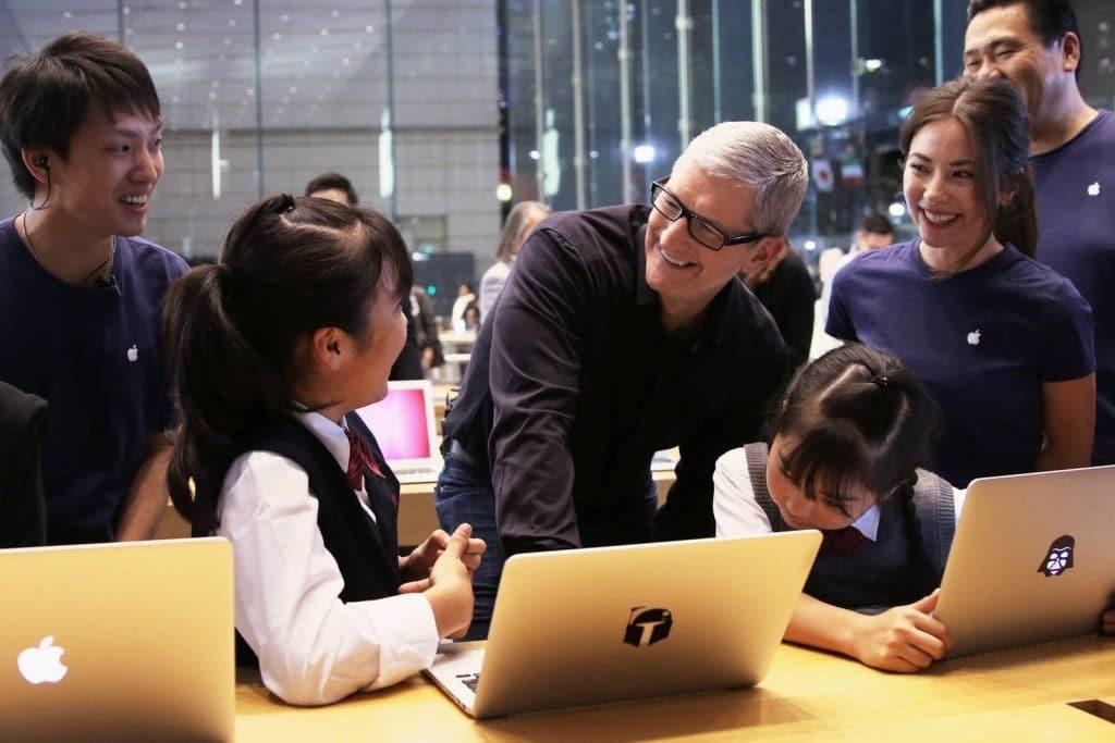 Apple vit une histoire d'amour avec la réalité augmentée