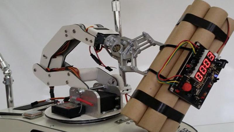 Un robot poseur de bombes à contrôler en VR !