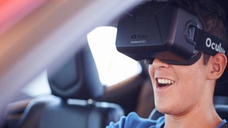 Le combo malicieux des casques VR et des voitures autonomes !