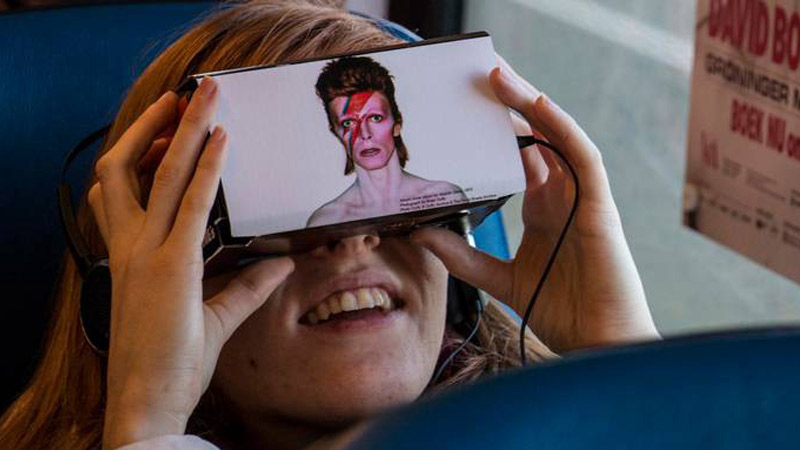 L'exposition David Bowie Is en réalité virtuelle et augmentée !