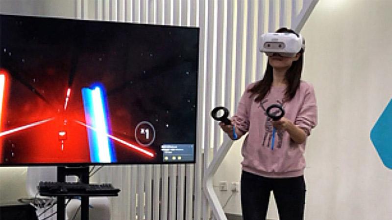 De nouveaux contrôleurs de mouvement pour le HTC Vive Focus !