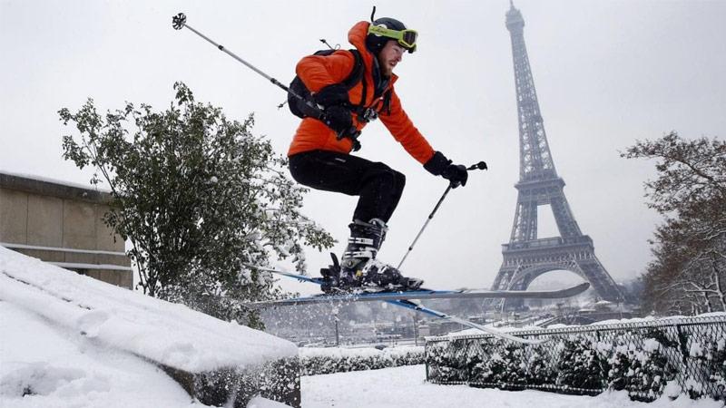 Faire du ski en réalité virtuelle à la Tour Eiffel, cela sera possible !