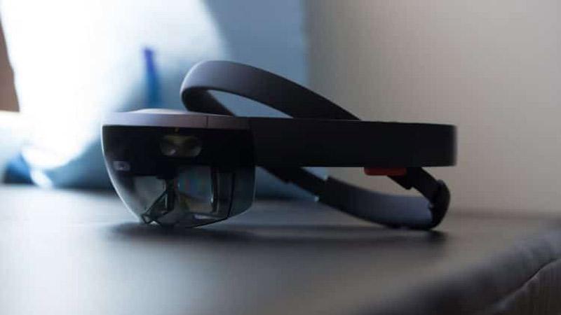 Le casque AR Hololens 2 de Microsoft présenté le mois prochain ?